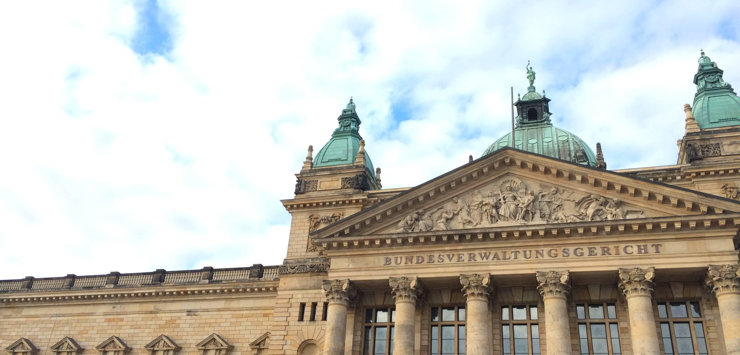 StA sieht Verdacht auf Rechtsbeugung: Erneute Durchsuchung beim Familienrichter des AG Weimar, lto.de v. 30.06.2021
